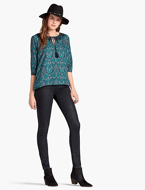 LUCKY EMBROIDERED NECK PAISLEY PEASANT