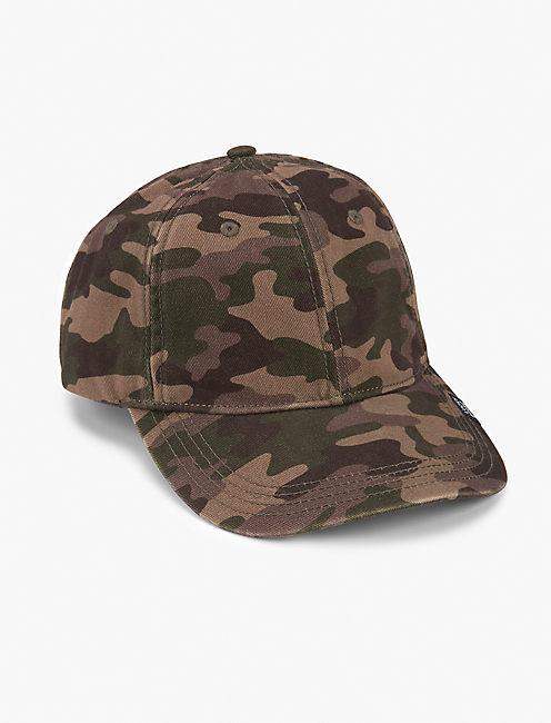 TAG ON CAMO BASEBALL HAT,