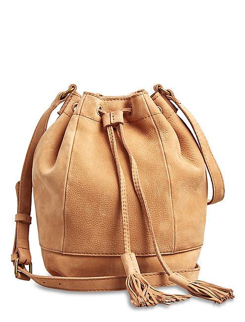 HARPER BUCKET BAG, TAN