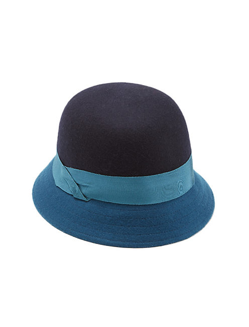 COLOR BLOCKED CLOCHE, DARK BLUE