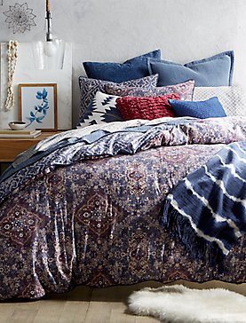 Brooke King Bedroom Collection, , productTileDesktop