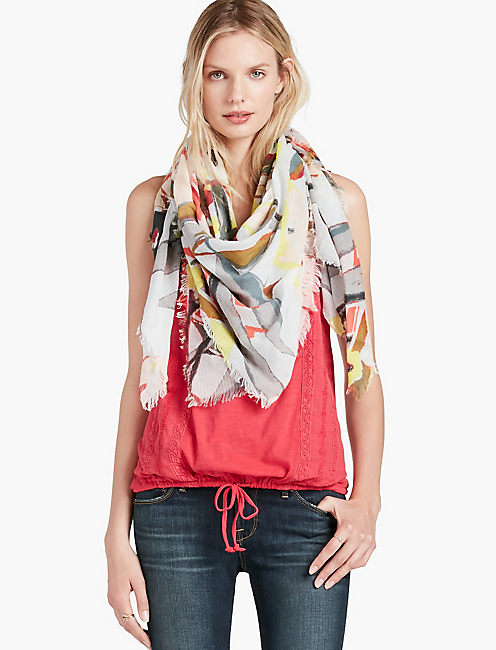 LUCKY PRIMA FLORAL SQ SCARF