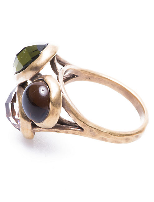 TRIPLE SET STONE RING, 715 GOLD