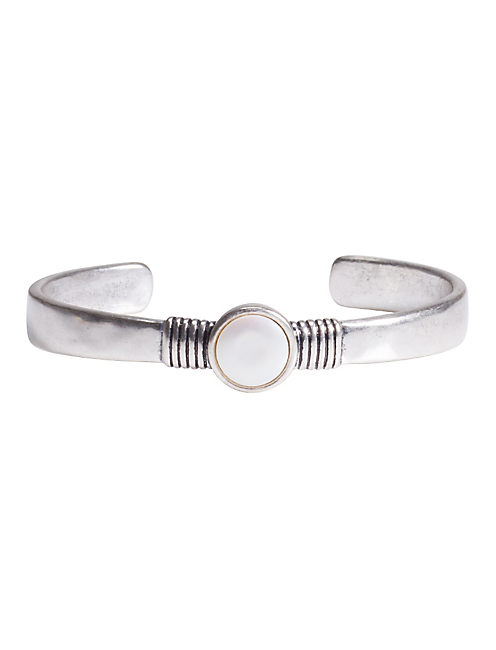 SIMPLE PEARL CUFF,