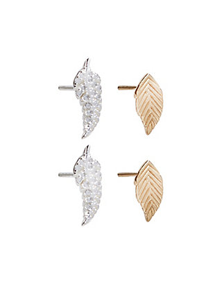 LUCKY DELICATE LEAF STUD SET