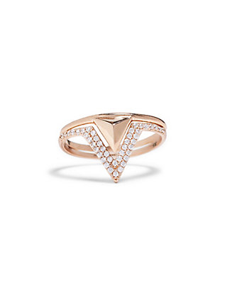 LUCKY DELICATE TRIANGLE RING