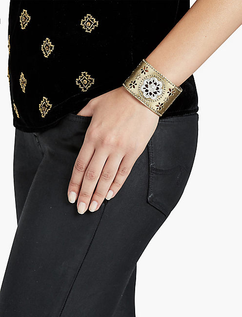 LUCKY STATEMENT FLORAL CUFF