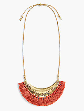 STATEMENT FRINGE NECKLACE