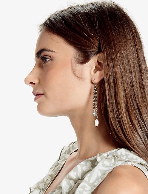 Lucky Pearl Linear Earring