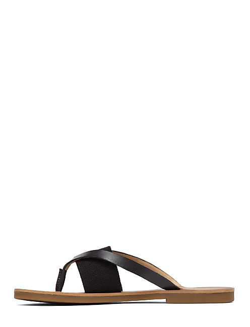 BAXX LEATHER FLAT SANDAL, BLACK