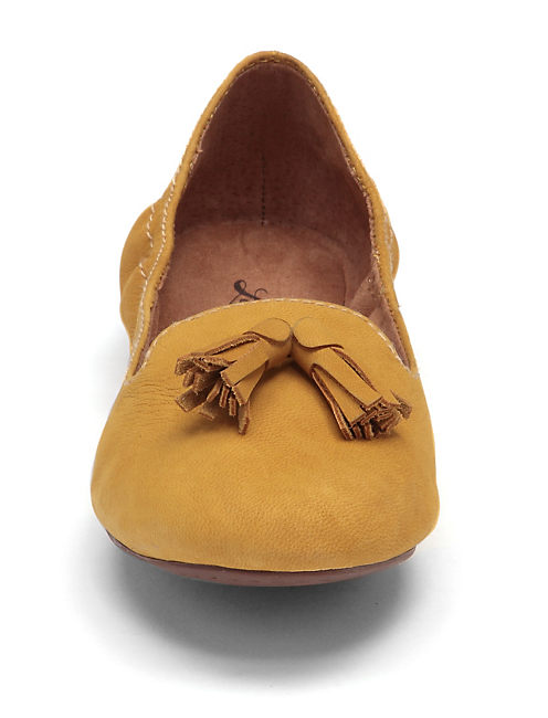 EEDIE TASSEL FLATS, LIGHT YELLOW