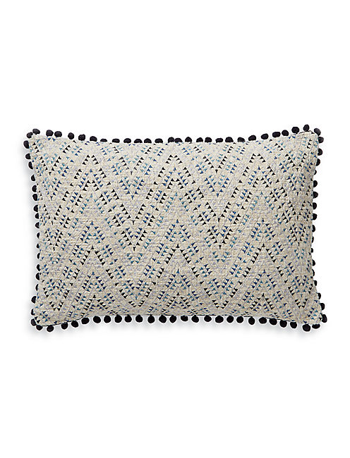 16X24 TEXTURED POM POM PILLOW, RINSE