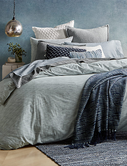 Lucky Medallion Grey Full/queen Coverlet