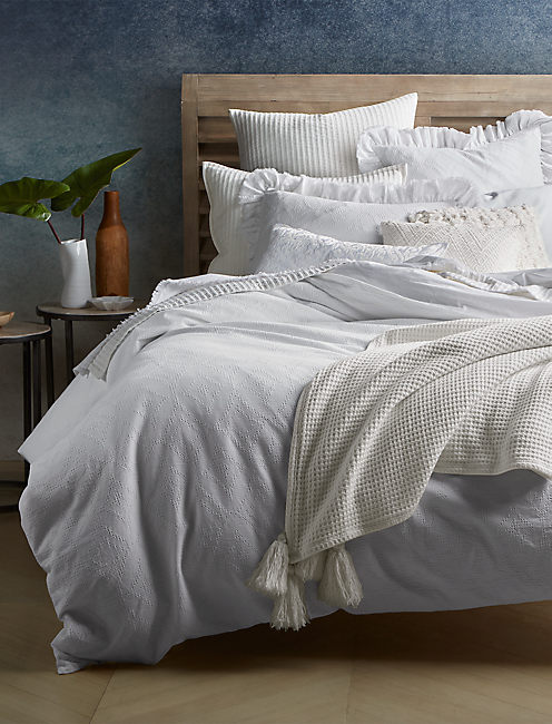 RIBBED WHITE FULL/QUEEN COVERLET, NATURAL
