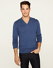 Cashmere Blend V-Neck Sweater*