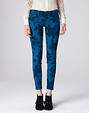Charlie Skinny Legend Ikat Jeans