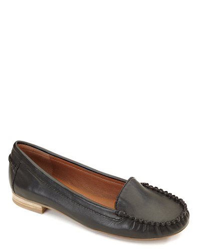 Corral Leather Loafer*