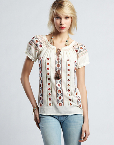 Daphny Embroidered Top*