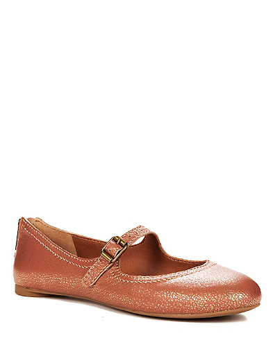 Esmie Flats*