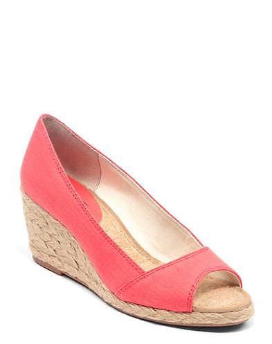 Kareena Wedge*