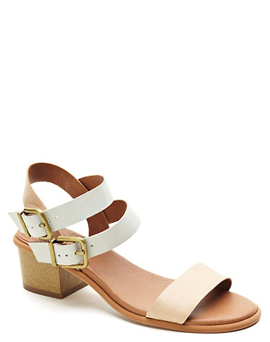 Leyna Sandal*