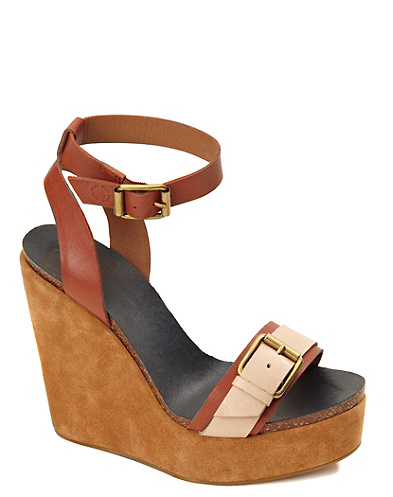 Silvia Wedge*