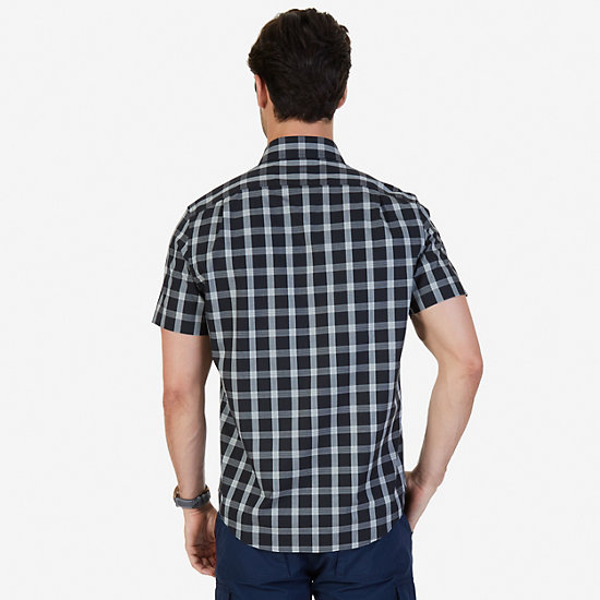 Classic Fit Wrinkle Resistant Seedpearl Plaid Short Sleeve Shirt,True Black,large