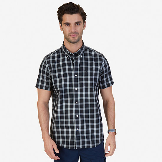 Classic Fit Wrinkle Resistant Seedpearl Plaid Short Sleeve Shirt,True Black,large