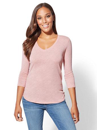 3/4 Sleeve V Neck Top by New York & Company