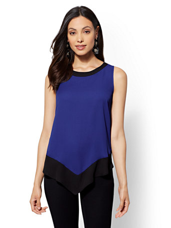 Colorblock Pointed Hem Blouse by New York & Company