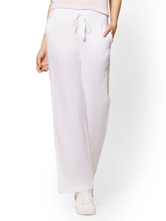 Petite Soho Street   Wide Leg Linen Pant by New York & Company