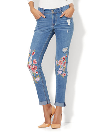 NYampC Soho Jeans  Embroidered Amp Destroyed Boyfriend