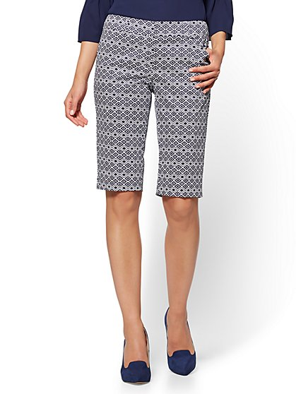 7th Avenue - Bermuda Short - Signature - Aztec Print - New York & Company