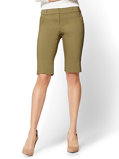 7th Avenue - Bermuda Short - Signature - Olive - New York & Company