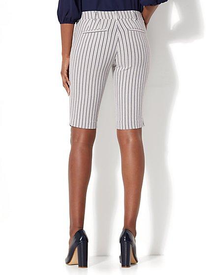 Shorts for Women   NY&C   Free Shipping*