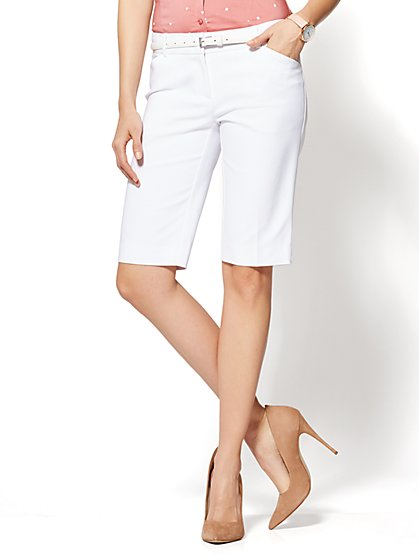7th Avenue - Bermuda Short - Signature - White - New York & Company