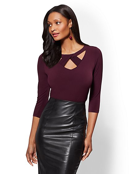 7th Avenue - Crisscross Cutout Detail Top - New York & Company