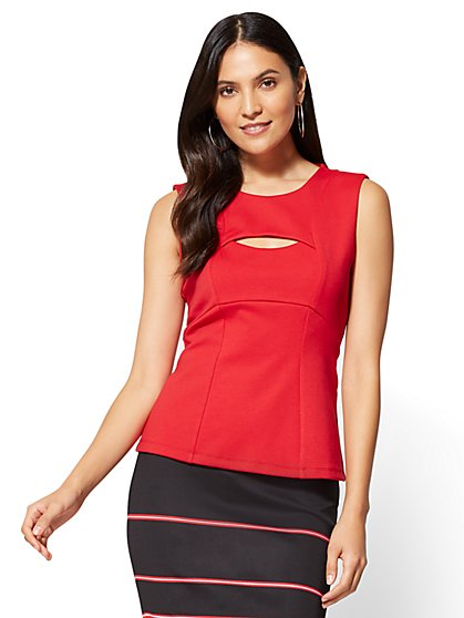 7th Avenue - Cutout Shell Top - Red  - New York & Company