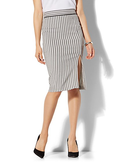 7th Avenue - Front Slit Pencil Skirt - Modern - Stripe - New York & Company