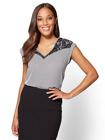 7th Avenue - Lace-Accent Hi-Lo Top - Stripe - New York & Company