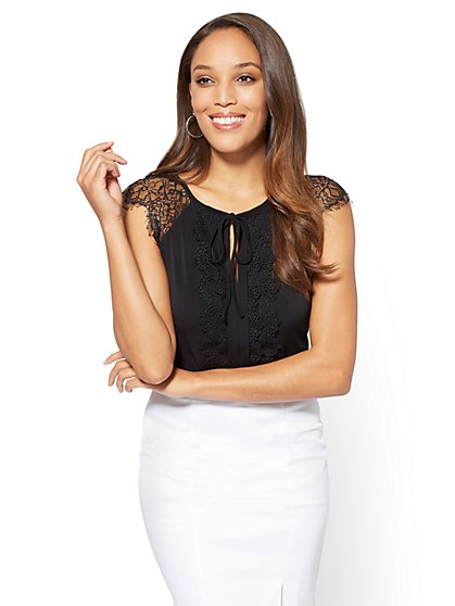 7th Avenue - Lace-Accent Keyhole Top - New York & Company