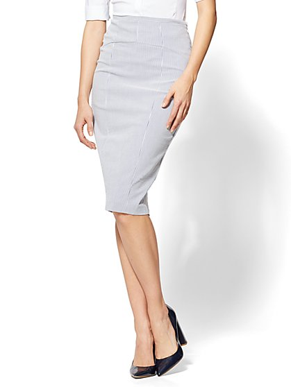 7th Avenue Lace-Up Back Skirt - Petite - New York & Company