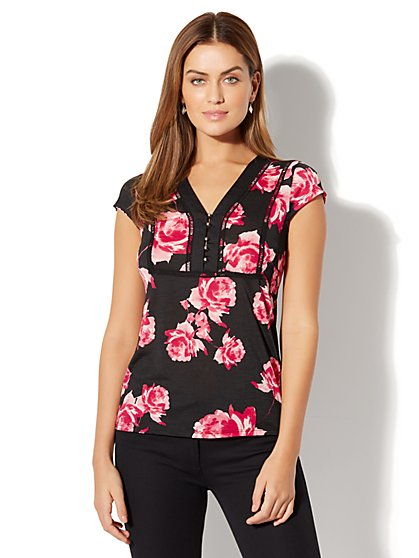 7th Avenue - Open-Stitch Trim Top - Floral Print - New York & Company