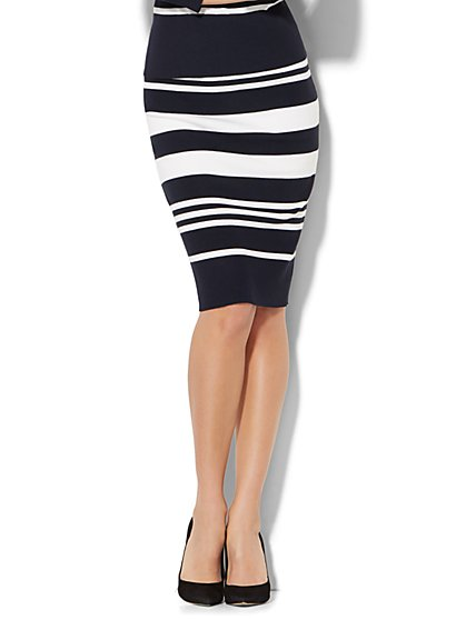 7th Avenue - Pull-On Knit Pencil Skirt - Stripe - New York & Company