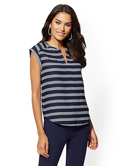 7th Avenue - Stripe Split-Neck Tee - New York & Company