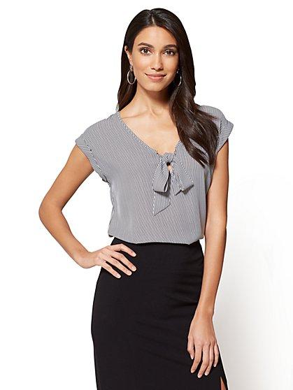 7th Avenue - Tie-Front Blouse - Stripe - New York & Company