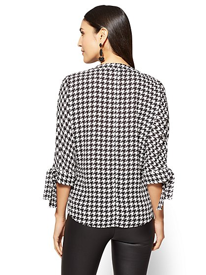 ... 7th Avenue - Tie-Sleeve Split-Neck Blouse - Houndstooth - New York & - Blouses For Women Women's Shirts NY&C