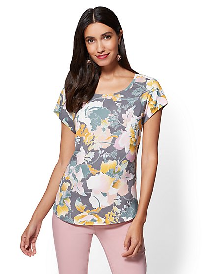 7th Avenue - Zip-Back Scoopneck Tee - Floral - New York & Company