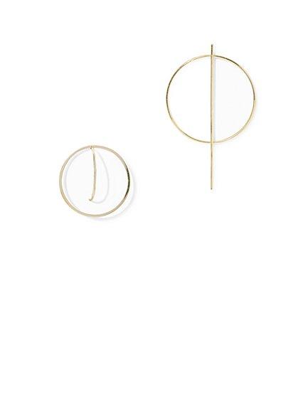 Asymmetrical Circular & Bar Drop Earring - New York & Company