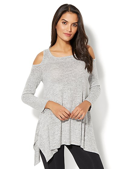 Cold-Shoulder Sharkbite-Hem Top - New York & Company